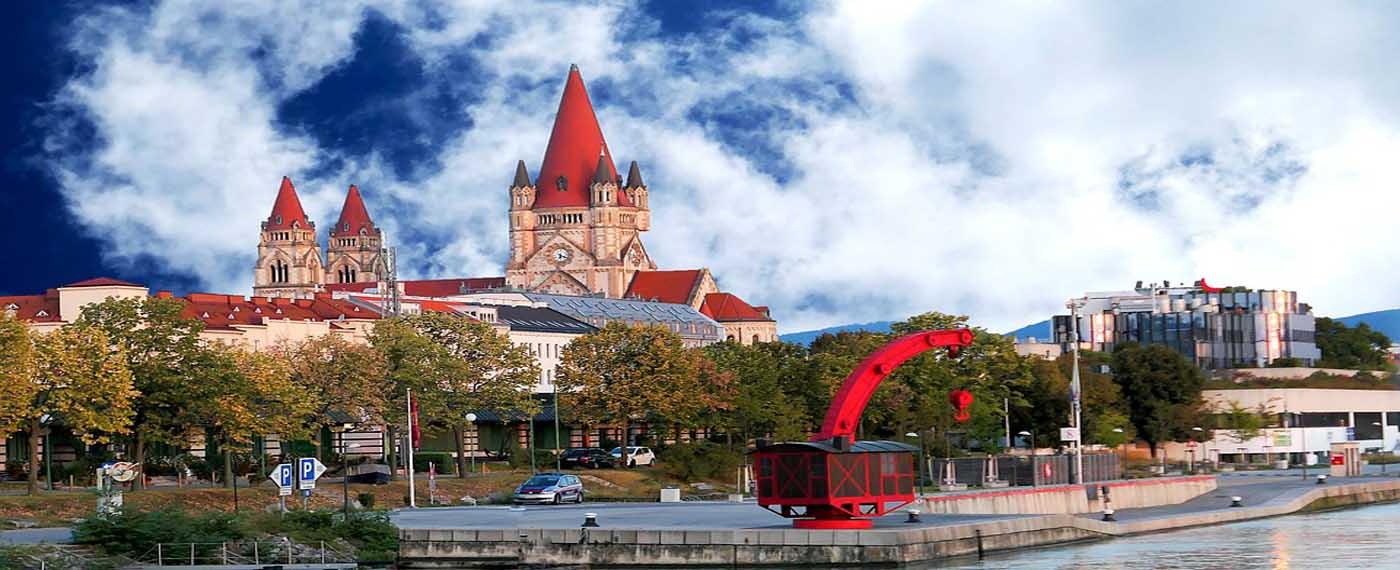 VIENNA & BUDAPEST